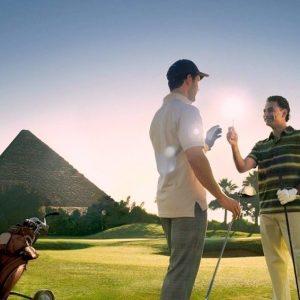pyramids-golf