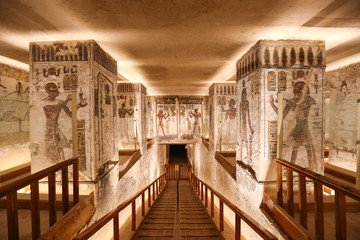 Itinerary 5 Days 4 Nights Every Monday From Luxor to Aswan :