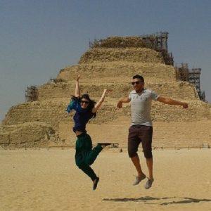 la-pirmide-escalonada-de-zoser-en-saqqara-egipto_1